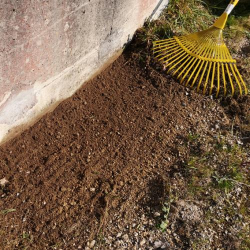 culti-stab-jardin-travail-ratissage